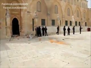 آتش گرفتن سرباز اسرائیلی در مسجدالاقصی