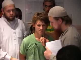 Live konvertierung zum Islam German Boy converts to Islam