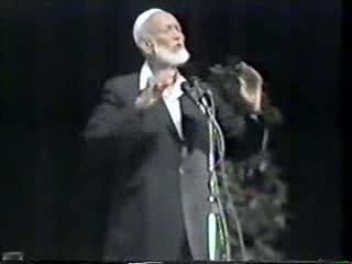 Last Challenge And The Best Call - Ahmed Deedat Part 4-11