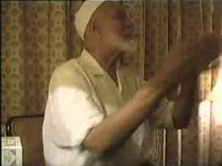 Sheikh Ahmed Deedat  Debate With American Soldiers Part 3-11