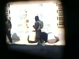 - داخل زندان ابوغریب چه می گذرد؟