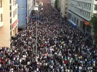 نماز عید در مسکو