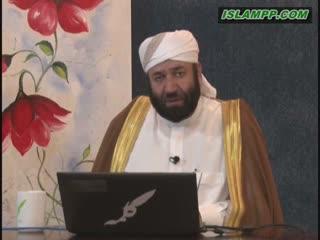 حکم خواندن سوره ی فاتحه پشت سر امام.