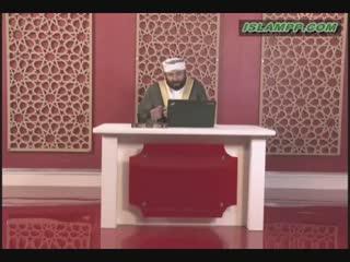 حکم نماز مردی که در مسجد نمازش را ادا نکند.