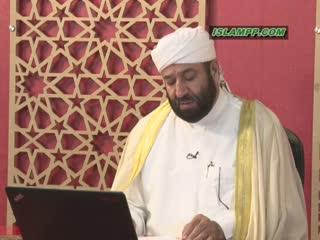 حکم رفتن به مسجدی که در روز جمعه اماماز دیگران انتقاد می کند.