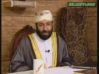 کفاره ی کسی که در ماه رمضان با همسرش جماع می کند