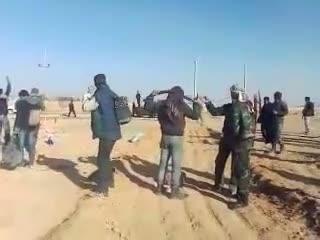 فرار 450 سربازان ارتش اسد